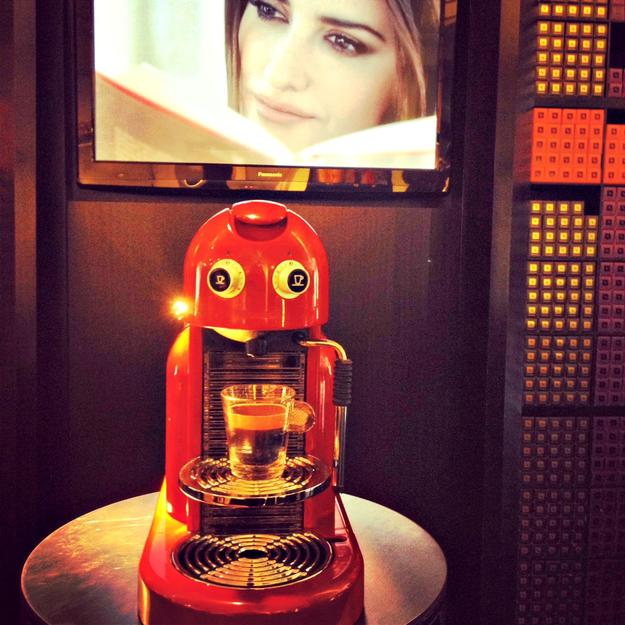 penelope cruz - nespresso - food fashionista