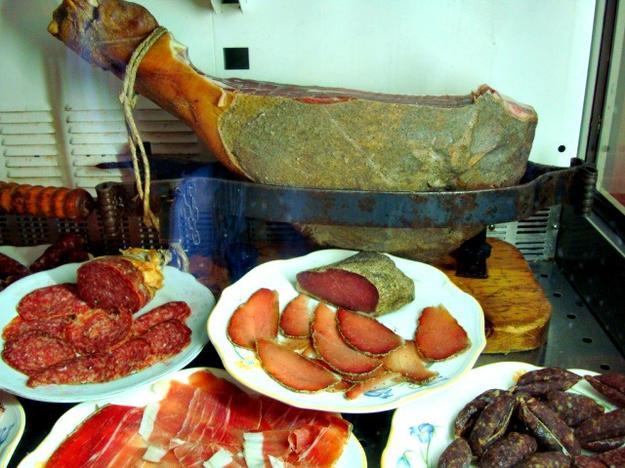 Food Fashionista - Torre Olivola Todi Italy 2