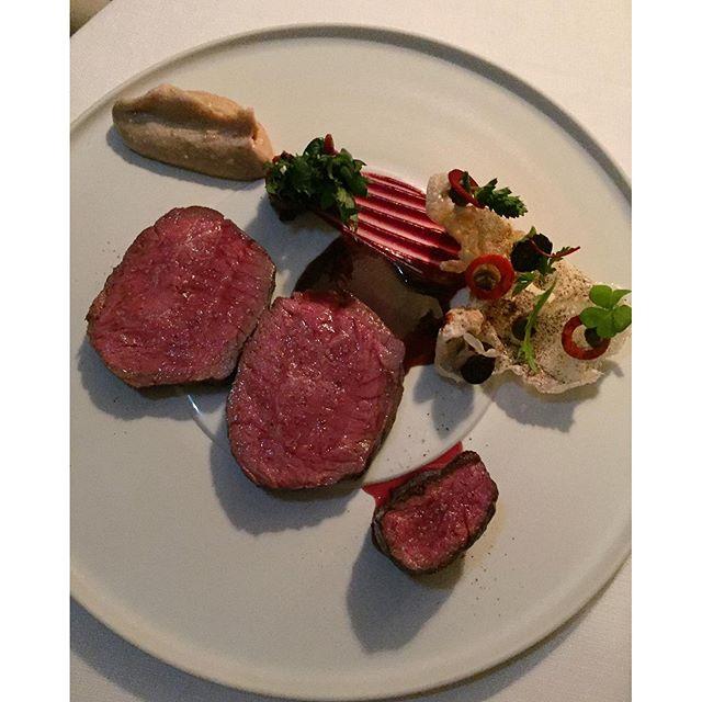 "Beautiful Prime angus beef ""le cœur mijoté sur des marrons grillés""  at Chef Jean-François Piege's 2 Michelin starred Le Grand Restaurant #PARIS #michelinstars #jeanfrancoispiege #theartofplating #guidemichelin #eeeeeats #lefooding #foodtravel #mediumrare"