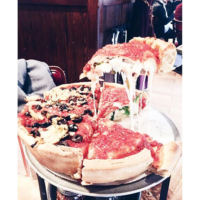 Can't visit Chicago without some deep-dish action. I'm stuffed. #deepdish #pizza #chicagoeats #eeeeeats
