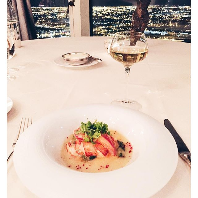 Roasted Main Lobster in Alsace Gewurtztraminer butter & ginger. Absolutely #delicious. Tip: this dish is an Everest classic and one in which it has built its reputation over the last three decades. A must-order #chicago #michelinstar #relaischateaux #view