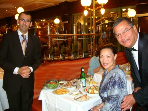 Food-Fashionista-monte-carlo-cafe-des-paris