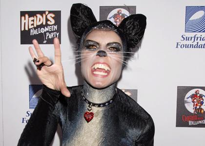 Heidi-klum-halloween-cat