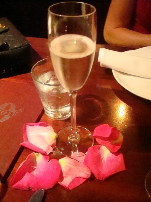 Champagne-zero-zero