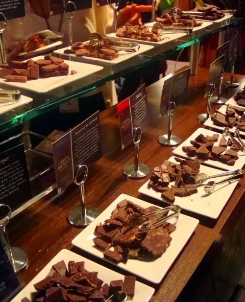FoodFashionista-TheTaste-GreenandBlack