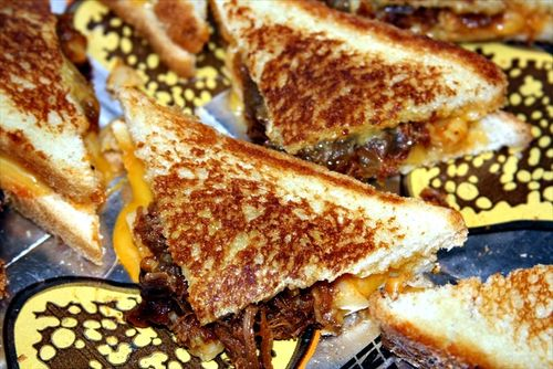 Food-Fashionista-TheTASTE_Grilled-Cheese-Truck