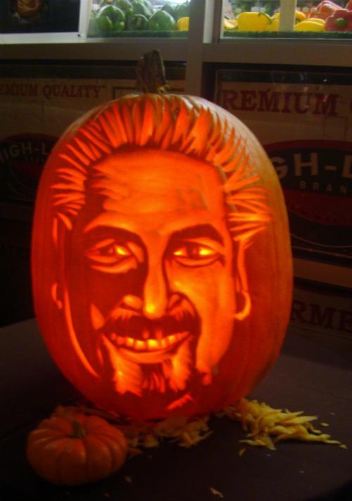 Food-Fashionista-Guy-Fieri-Carved-Pumpkin