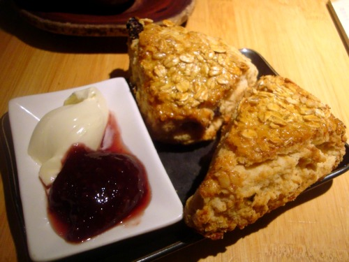 Samovar-cherry-scones-food-fashionista
