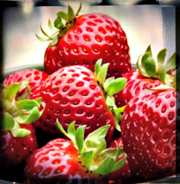 California Strawberries - Food Fashionista Blog